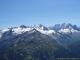 De droite à gauche : l'Aiguille Verte, les Droites, les Courtes, le Glacier d'Argentière, l'Aiguille du Chardonnet, l'Aiguille d'Argentière, le Glacier du Tour, la Grande Fourche, le Glacier des Grands, le Plateau du Trient.