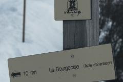 Au panneau, prendre à gauche pour monter à la Bourgeoise (2 janvier 2019)
