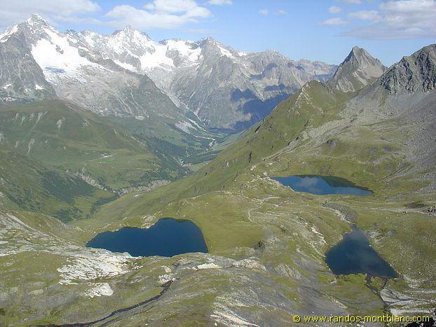 le col du grand saint bernard et lacs de fen tre randos