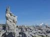 Cairn insolite face au Mont Blanc