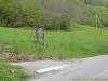 Tourner à gauche ici pour rejoindre le parking (attention, panneau enlevé depuis !)