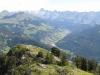 Le sommet permet d'observer toutes les combes des Aravis