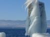 L'embarcadère de la CGN, prisonnier de la glace