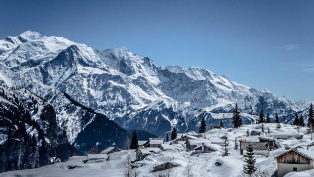 Chalets-dAyères-et-Massif-du-Mont-Blanc-8-avril-2015