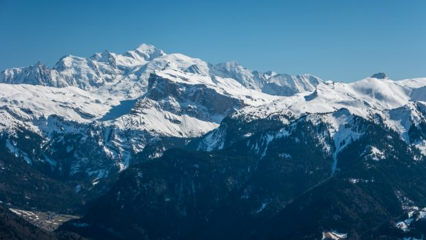Vue depuis la Bourgeoise située à une trentaine de minutes du Col de Joux Plane