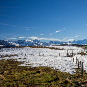Vue-sur-le-Haut-Giffre-et-la-Massif-du-Mont-Blanc-depuis-le-plateau-27-décembre-2015