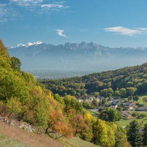 Vue sur le Mont Blanc et les Bornes depuis le Petit Salève