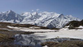 Vue sur le Mont Blanc depuis le chemin menant à l'Aiguillette des Houches