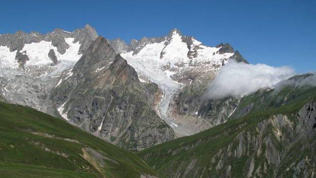 Vue sur le Glacier de Triolet depuis le sommet de Belle Combe (Bella Comba)