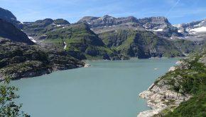 Lac d'Emosson en montant au Bel Oiseau