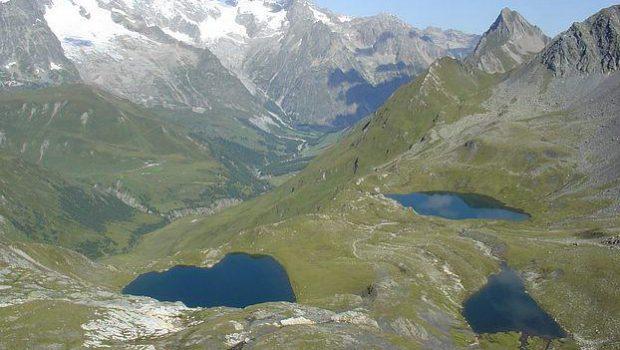 Lacs de Fenêtre derrière le Col du Grand-Saint-Bernard
