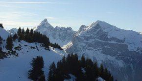 Pointe Percée depuis le Col de Pierre Carrée