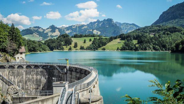Lac-et-barrage-de-Montsalvens
