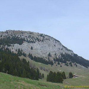 Montagne de Sous-Dine après le Pas du Roc
