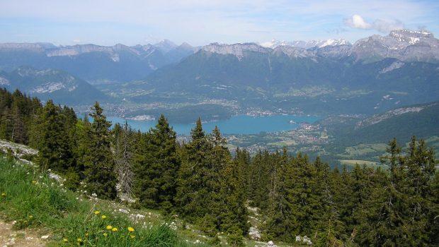Vue sur Annecy et son lac depuis le Semnoz (5 juin 2014)